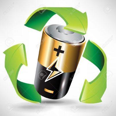 10888104-batteria-concetto-di-riciclo-con-le-frecce-della-batteria-e-il-verde-Archivio-Fotografico